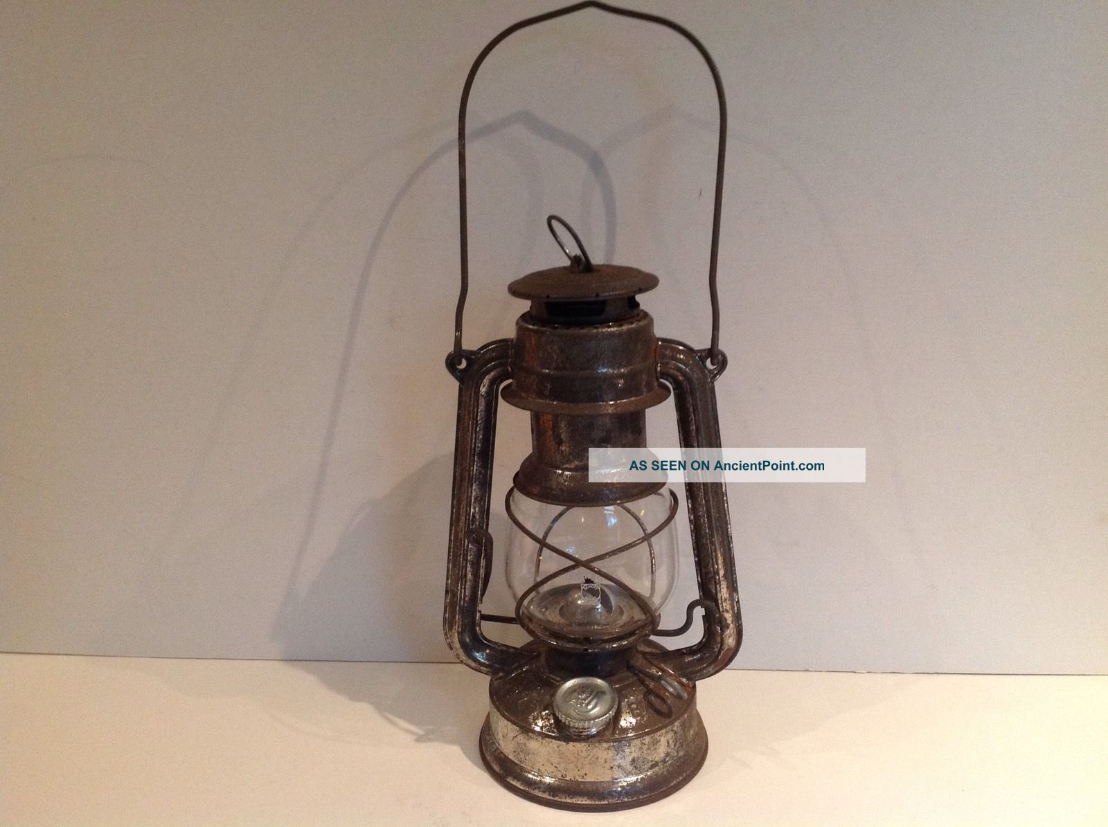 Feuer Hand Hurricane Lamp 275 With Glass Globe W.  Germany 20th Century photo