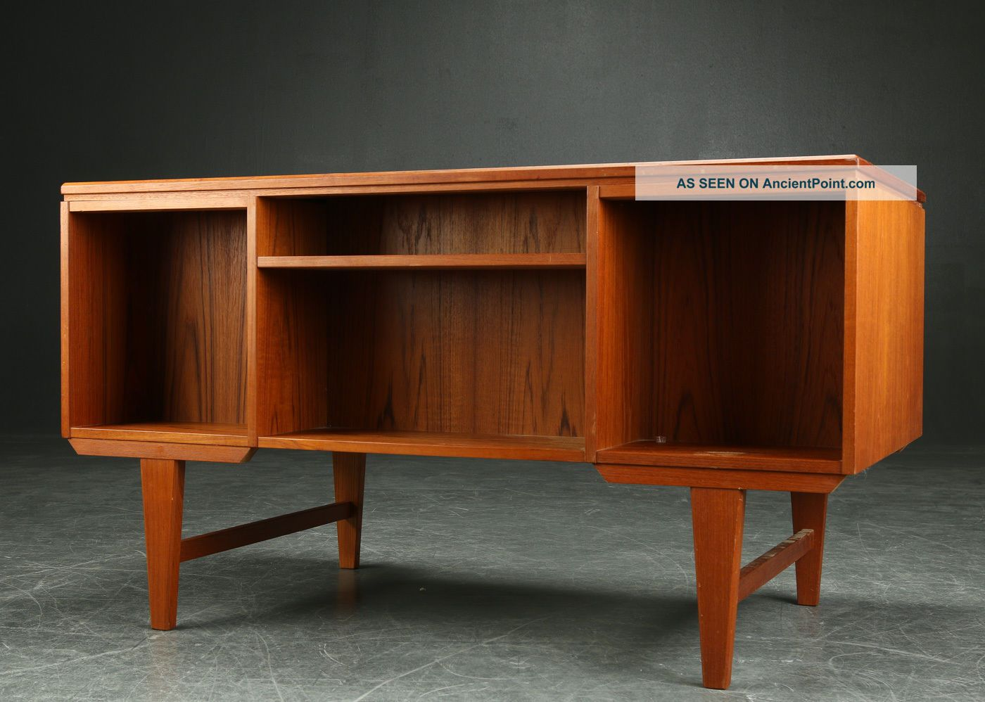 Marvelous photograph of Vintage Danish Teak Writing Desk 1950 60s 1900 1950 photo 2 with #B14F16 color and 1400x998 pixels