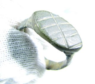 Authentic Ancient Roman Bronze Ring With Decorated Bezel - Wearable - Gh85 photo