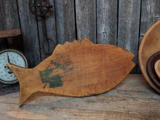 Antique Primitive Old Rustic Wooden Fish Cutting Bread Board Farmhouse photo