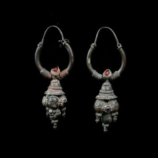 A Gandharan Silver Earrings With Garnet And Carnelian Inlay.  X8384 photo