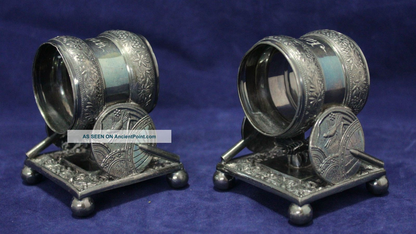 1 Pair Silver Napkin Ring Holders - Meriden B.  Company - Quadruple Plate - 1866, Napkin Rings & Clips photo