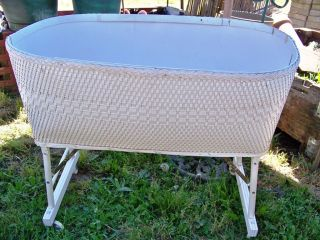 Wicker Baby Bassinet Vintage & Stuff photo