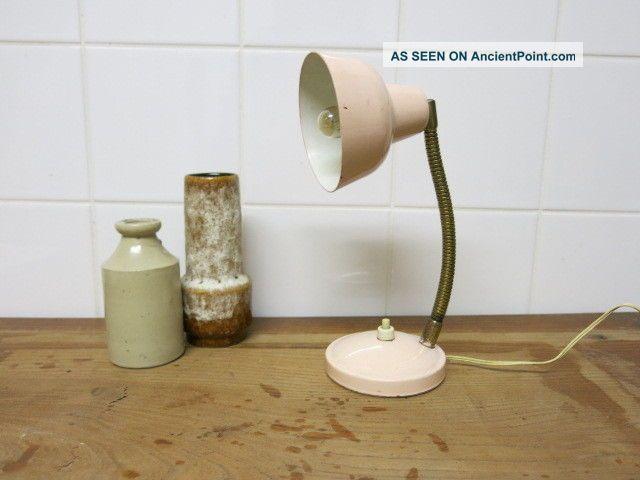 Vintage Retro Little Soft Pink 20th Century Modern Gooseneck Desk Lamp 20th Century photo