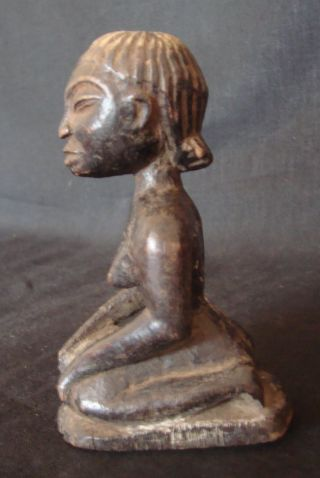 Carved Yoruba Sorceress W/provenance Old Nigerian Shrine/divination Figure photo