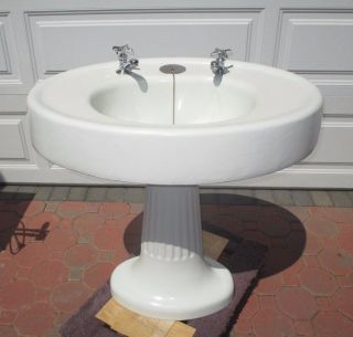 Vintage 1920 ' S Standard Manufacturing Co.  Enamel Porcelain Pedestal Sink 2 Piece photo