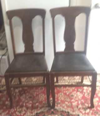 2 Vintage Antique Early Oak T - Back Dining Chairs - All photo