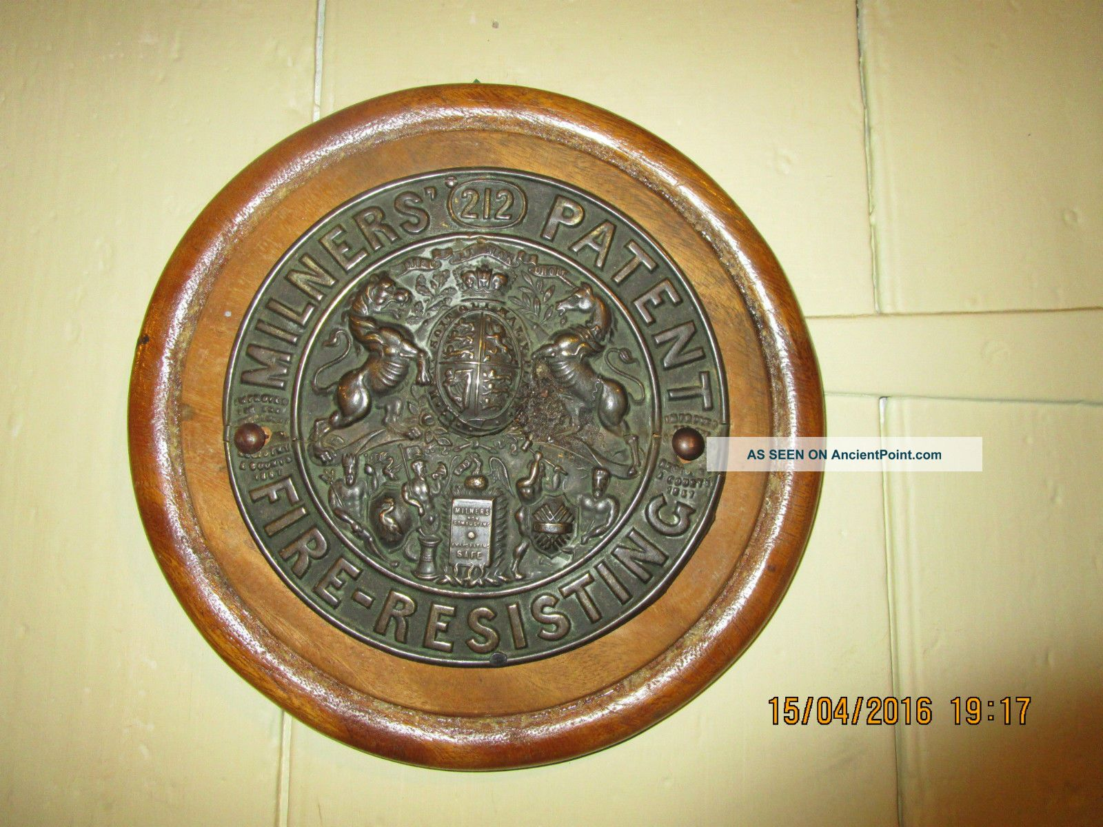 Antique Milners 212 Patent Fire Resisting Safe Plaque.  6.  5 In.  Safe Plaque Plaques photo