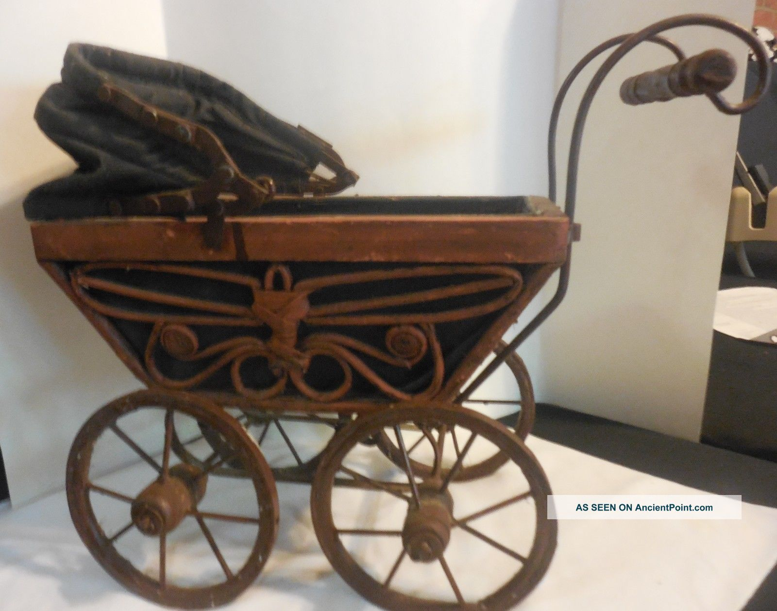 Antique 1900 ' S German Wicker Baby Doll Carriage Stroller Pram Buggy Baby Carriages & Buggies photo