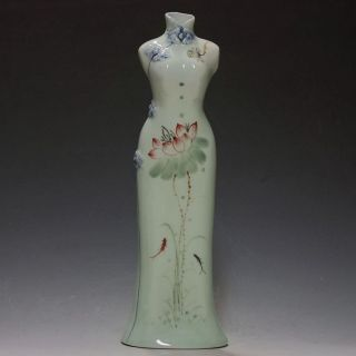 Chinese Famille Rose Porcelain Hand - Painted Lotus Cheongsam Shape Vase Csyb405 photo