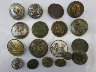 X18 British Georgian Victorian C1800s Heraldic Crest Livery Buttons Detecting photo