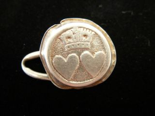 C1661 Charles Ii Silver Commemorative Two Heart Marriage Button Detecting Find photo