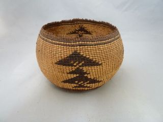 Native American Weave Small Basket Bowl.  Design.  Approx.  3