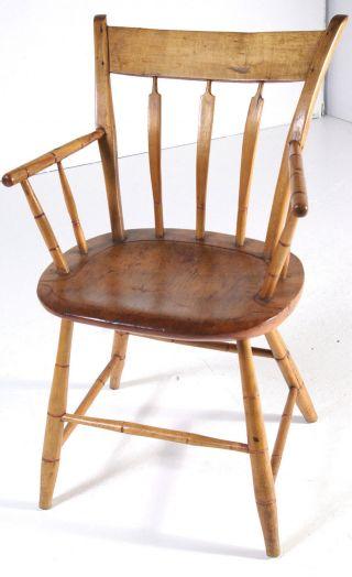 B359 Early American Arrow Back Arm Chair photo