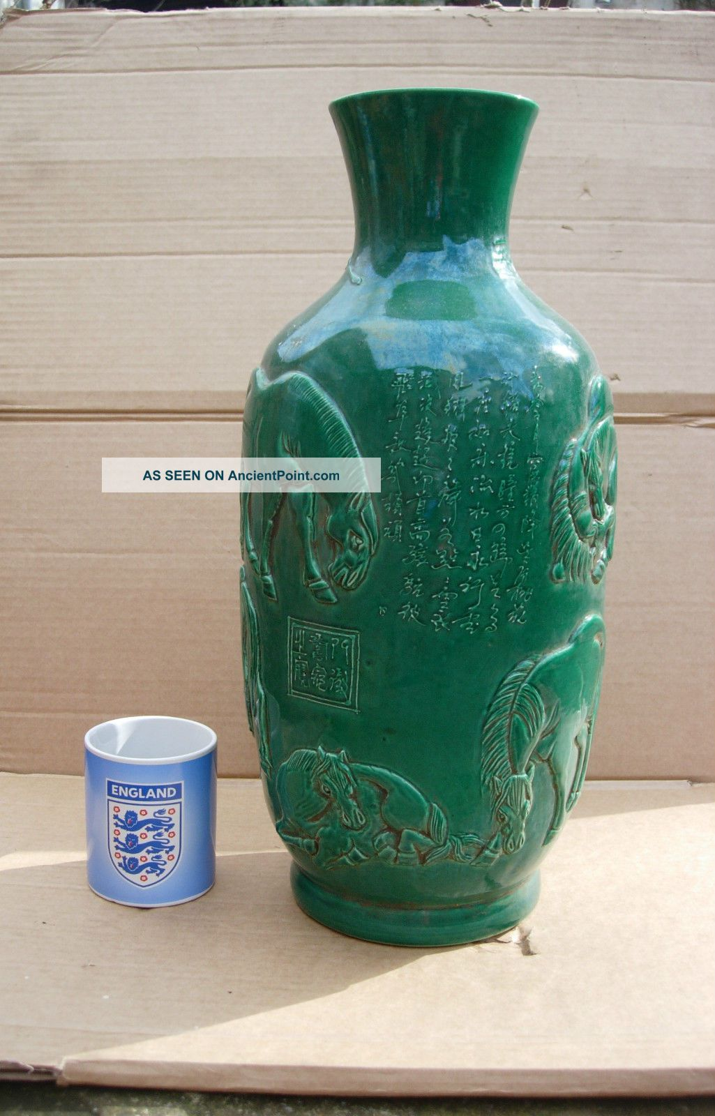 A Large Oriental Chinese Green Glazed Jar Vase Horses Signed Seal Stamp Jockey Chinese photo
