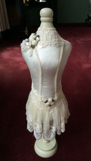 American Lace Victorian Doll Girl Dress Mounted Form Manniquin Stand 19