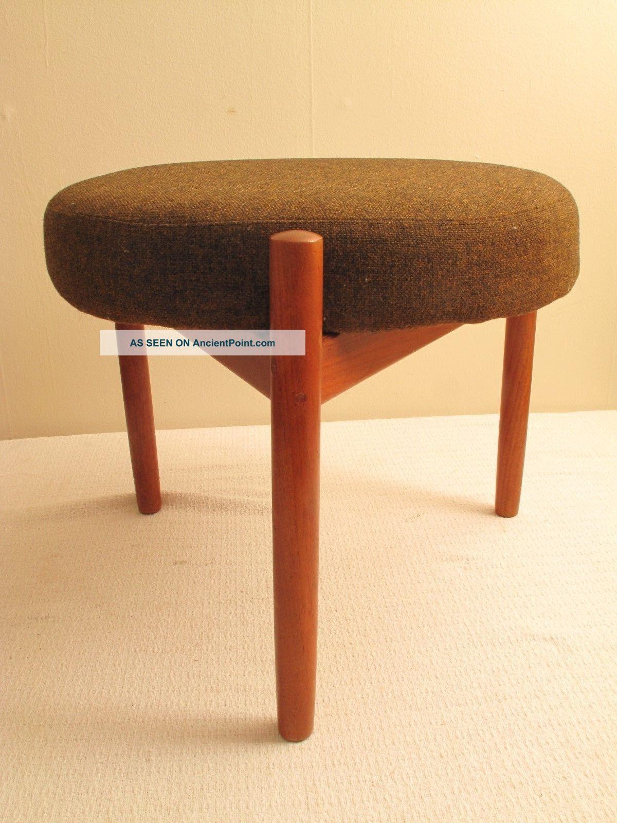 Image of: Vtg Mid Century Danish Modern Teak Foot Stool Ottoman Footstool Denmark Hundevad