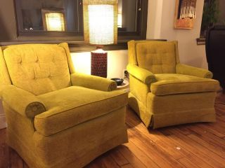 Pair Vintage Retro Mid Century Drexel Club Lounge Swivel Rocking Chairs Yellow photo