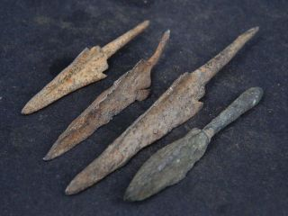 Ancient Iron/bronze 4 Arrow Heads Bactrian 300 Bc Gl1617 photo