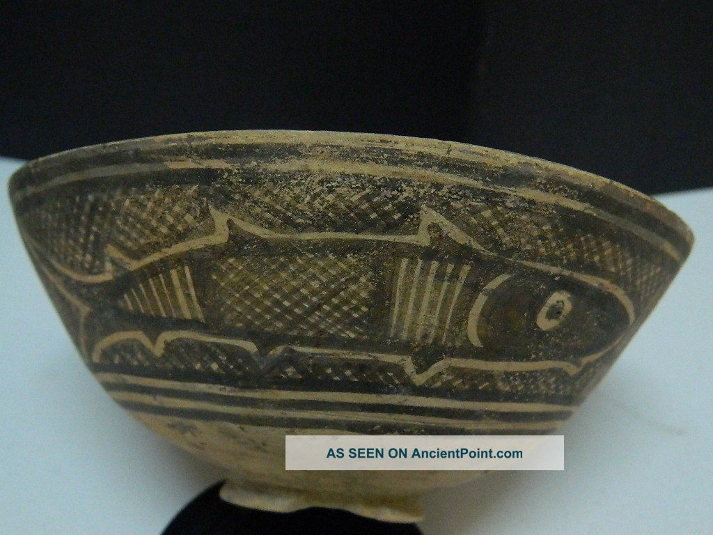 Ancient Teracotta Painted Bowl With Fishes Indus Valley 2500 Bc Pt15323 Near Eastern photo