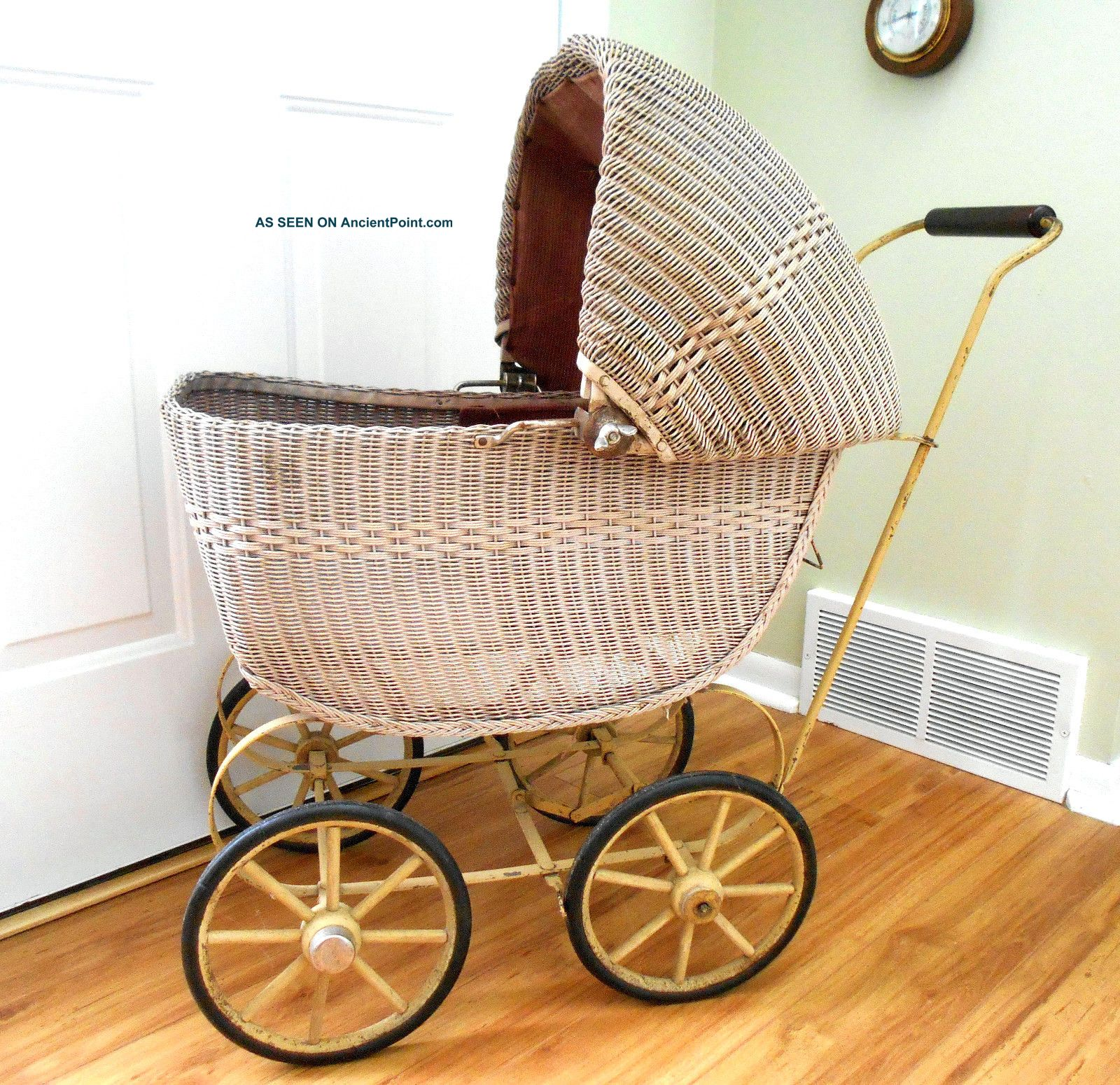 Lloyd Loom Baby Doll Buggy Carriage Pram Stroller Wicker Antique Vintage