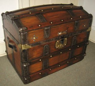 Antique Steamer Trunk Vintage Victorian Dome Top Brides Style Stagecoach Chest photo