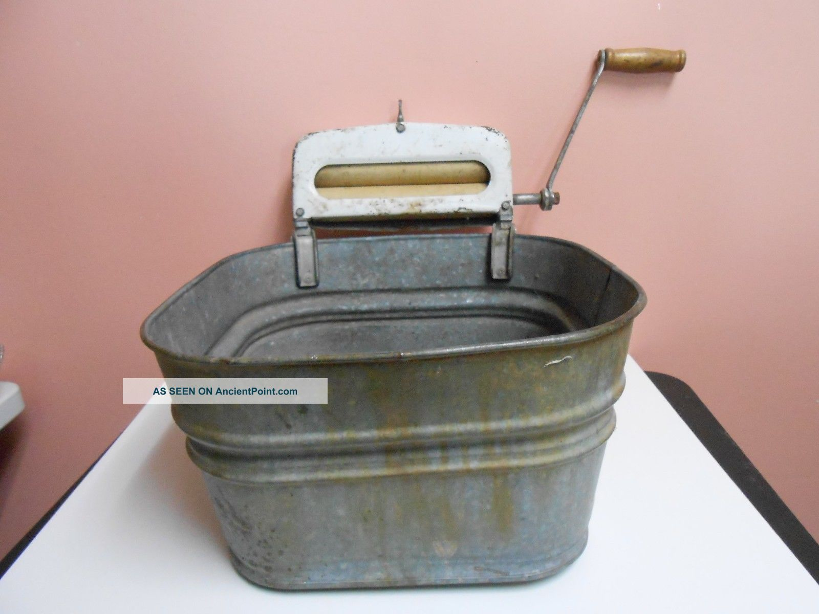 Vintage Antique Galvanized Steel Wash Tub With Hand Wringer 6a Pat.  No.  1935840 Clothing Wringers photo