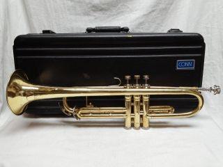 Conn 22b Brass Trumpet Horn & 7c Mouthpiece & Case photo