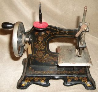 Vintage Antique German Childs Toy Metal Sewing Machine Hand Crank Tole Flower & photo