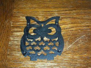 Vintage Owl Cast Iron Metal Trivet 4