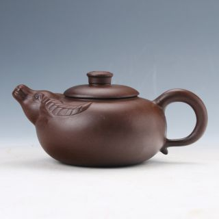 Collectable Yixing Sand - Fired Pot Handwork Cattle Head Teapot D972 photo