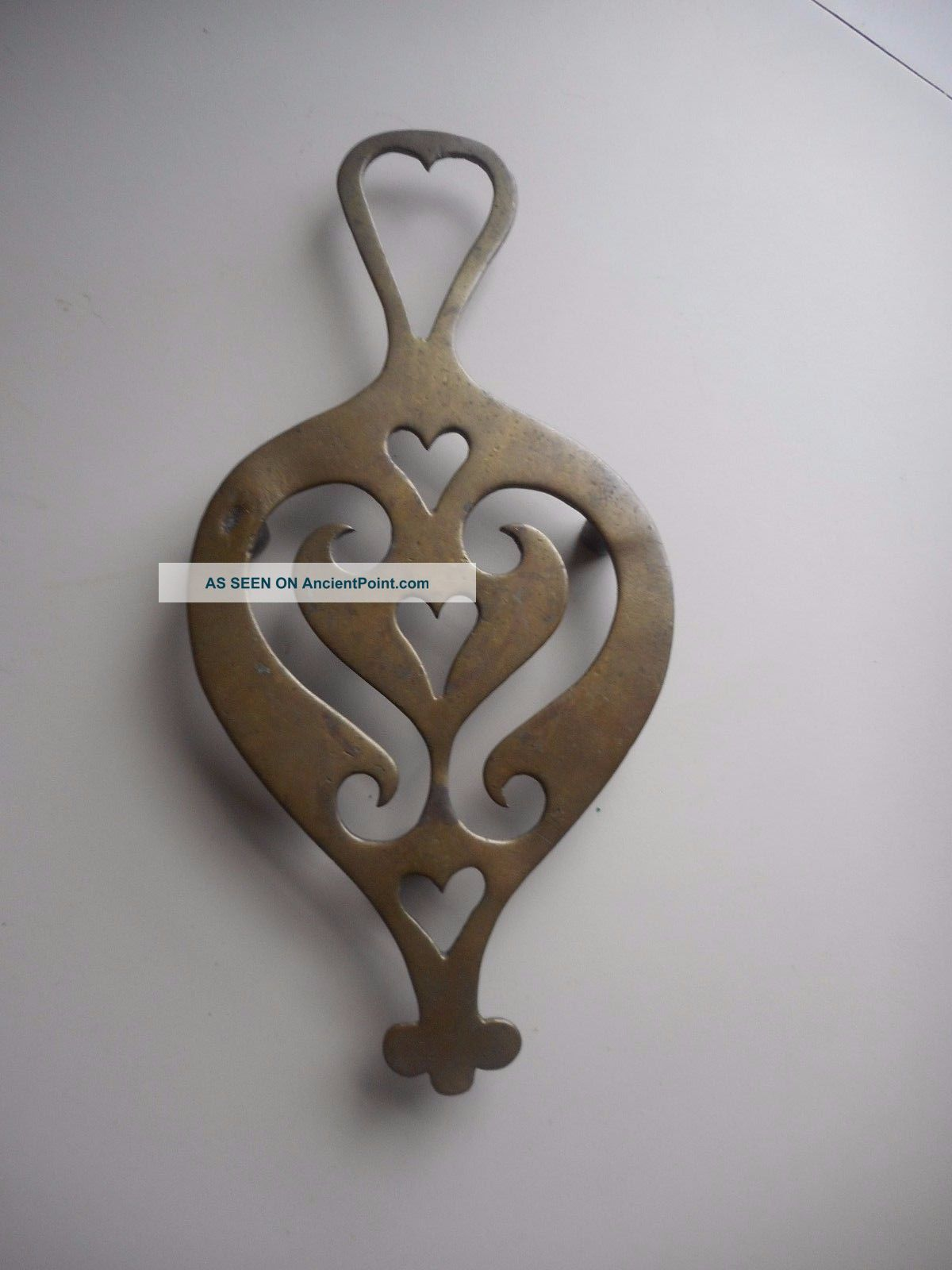 Antique Brass Trivet With 5 Hearts Best Early Hearted Brass Trivet.  Aafa Trivets photo