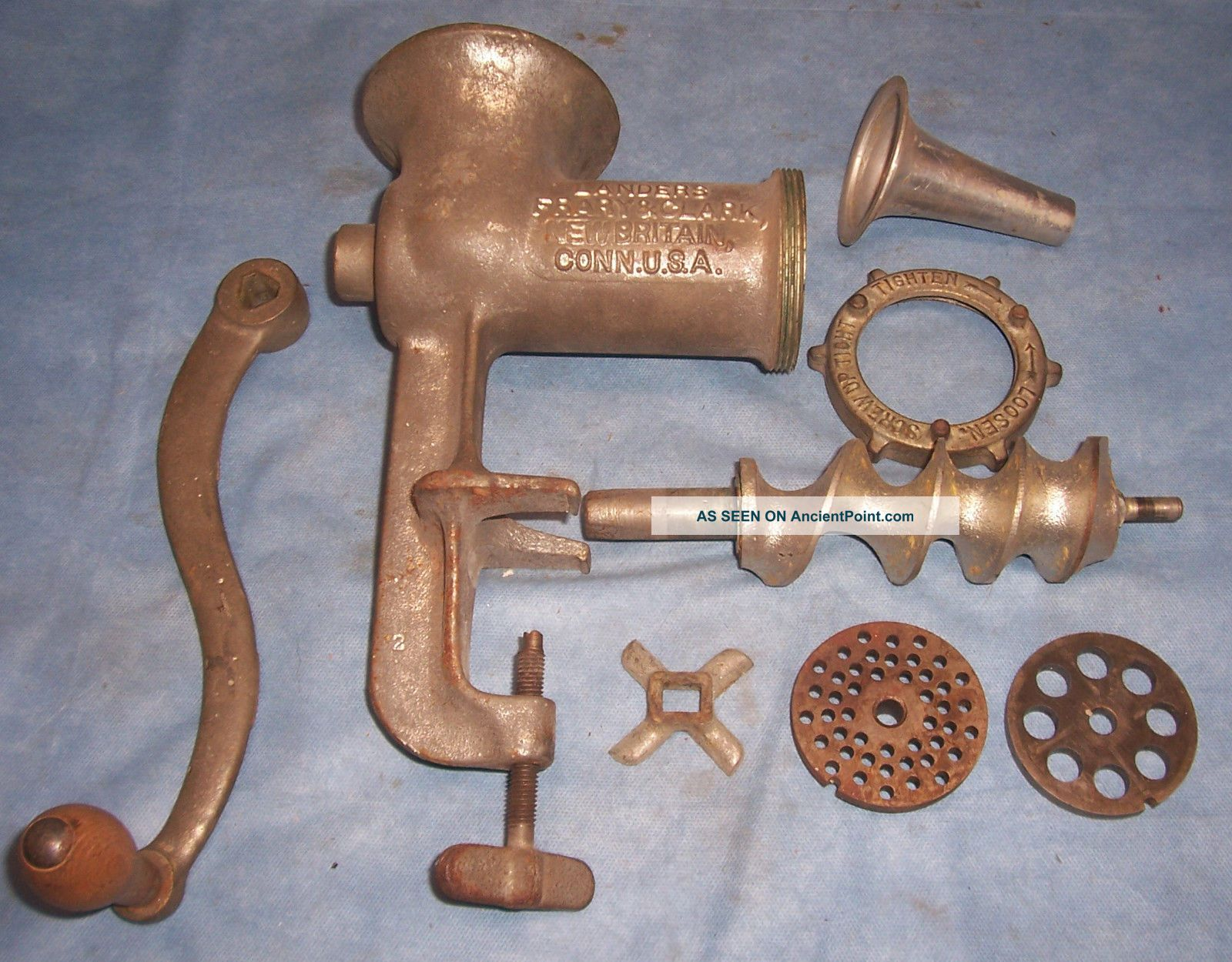 Landers Frary&clark Lf&c 333 Cast Iron Universal Food Chopper Grinder Processor Meat Grinders photo