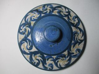 Vintage Dorchester Ma Pottery Stoneware Cobalt Blue Decorated Scroll Crock Lid photo