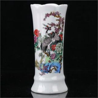 Famille Rose Porcelain Hand - Painted Red Crowned Crane Vase W Qianlong Mark B927 photo