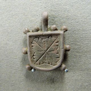 French Medieval Bronze Pendant (13 - 14 Th) Pattern photo