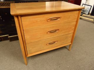 Vintage Solid Wood Mid Century Morganton 3 Drawer Dresser Refinished photo