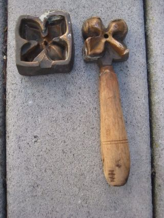 Great Vintage/antique Millinery 4 Square Petal Flower Mold Tool Bronze? photo