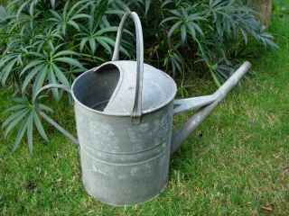 Large Vintage Galvanised 3 Gallon Metal Watering Can (862) photo