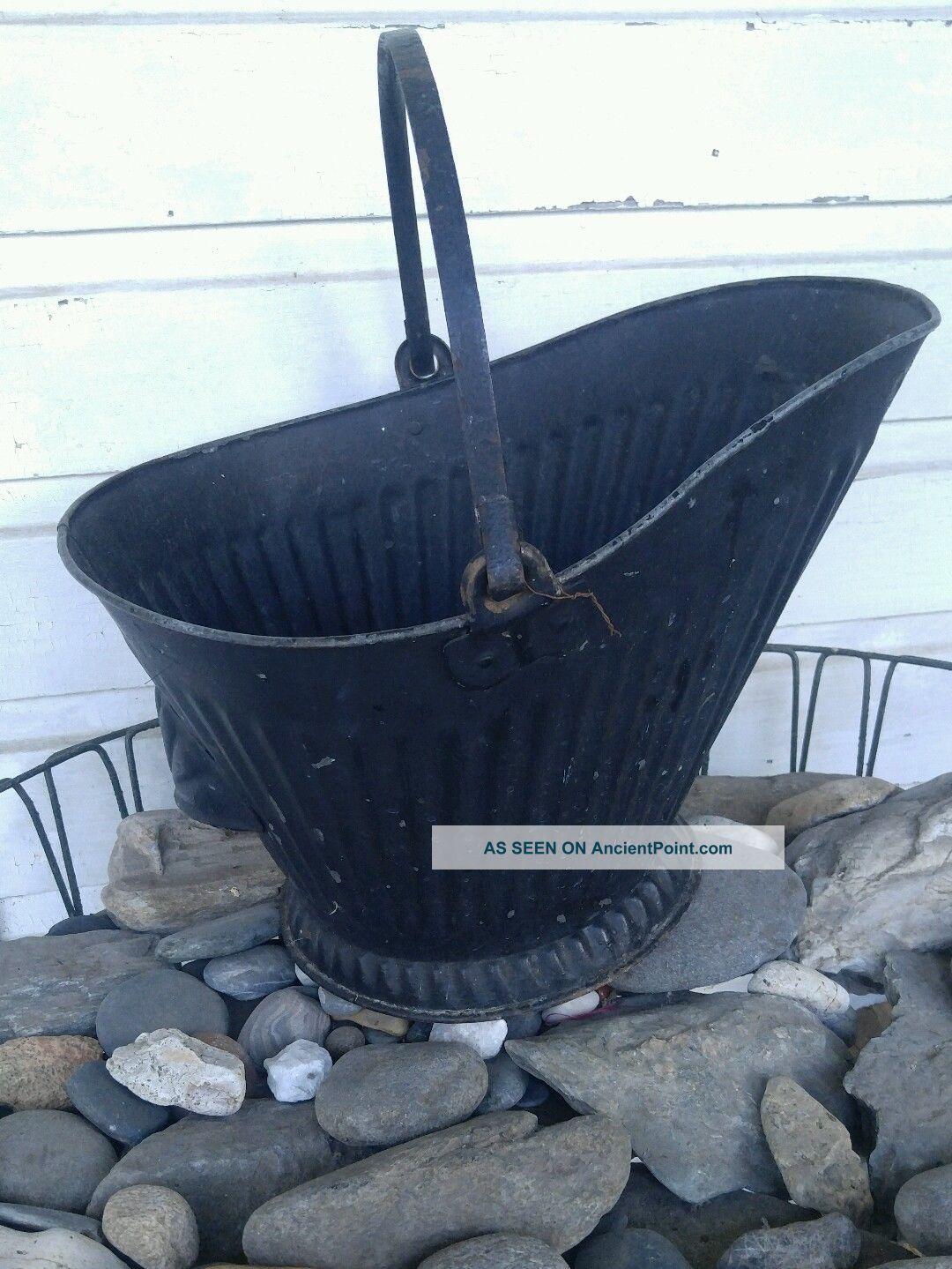Antique Coal Scuttle Hod Bucket Primitive Vintage Metal Ash Bail Handle Hearth Ware photo