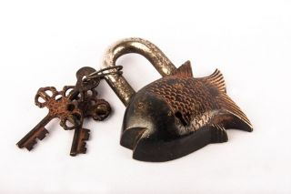 Antique Vintage Art Brass Fearless Fish Tibet Buddhist Padlock Locks & Key Bl 09 photo