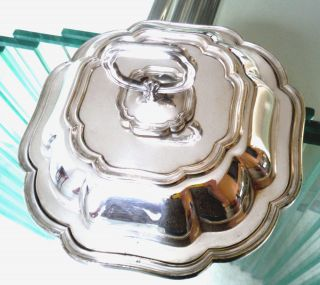 Pretty Victorian Entree Dish - Sheffield Silver Plate - Hawksworth & Eyre C1880 photo