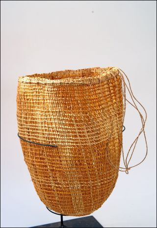 Large Australian Aboriginal Arnhem Land Dilly Bag Basket - Weaving photo