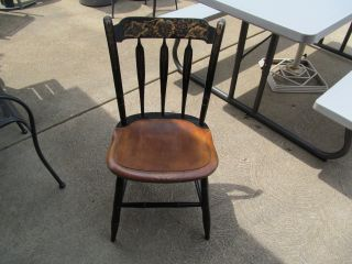 Undated L.  Hitchcock Usa Marked Wooden Table/side Chair. photo