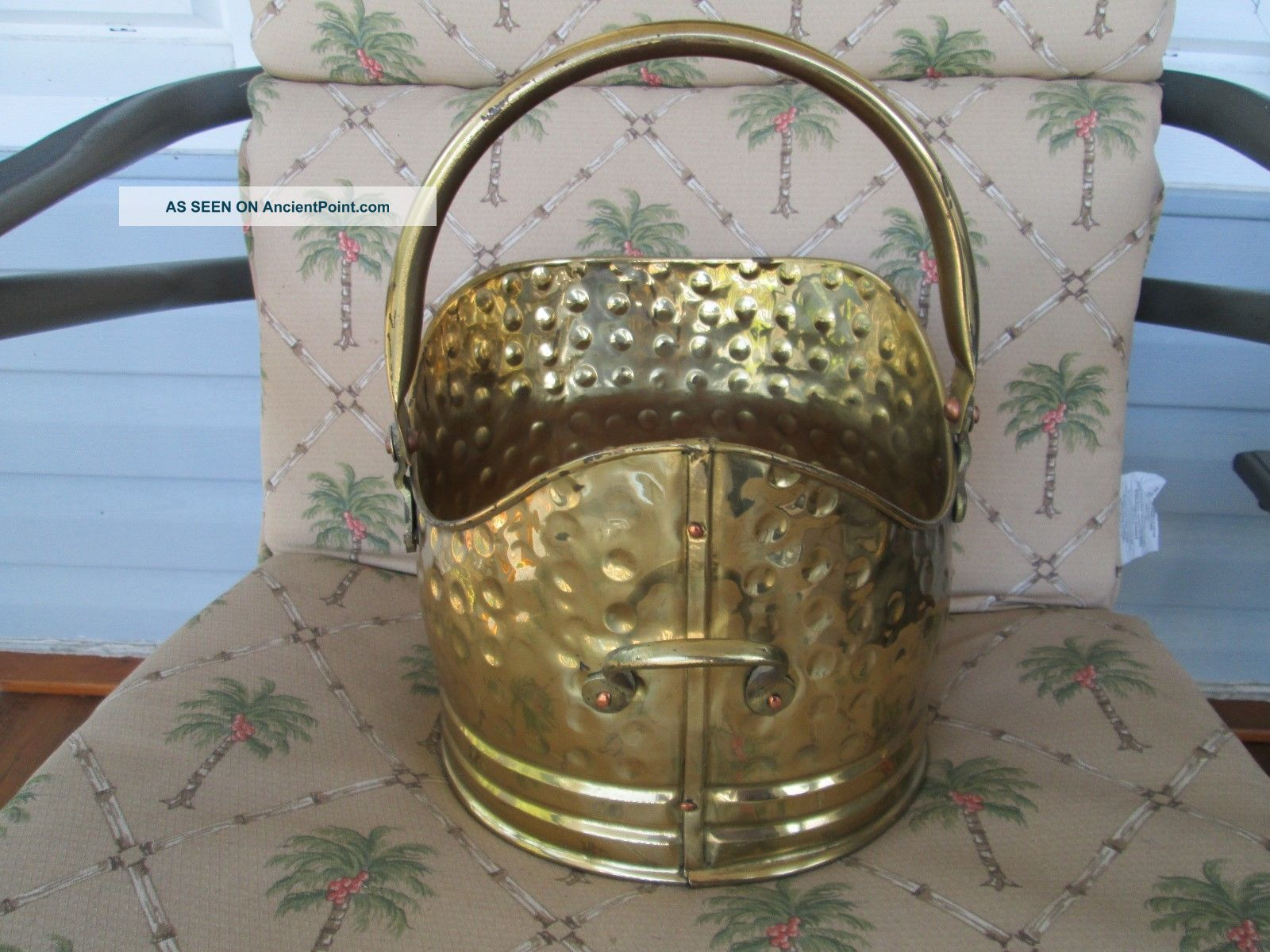 Antique Hammered Brass Coal Scuttle Ash Bucket Fireplace Wood Holder England Hearth Ware photo