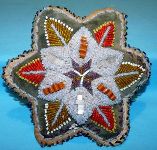 Antique 1929 Niagara Falls Beaded Star Pin Cushion Souvenir Iroquois Beadwork 7