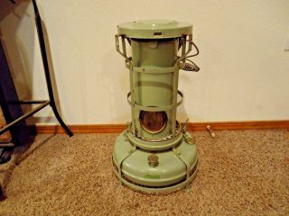 Vintage Aladdin Blue Flame Kerosene Heater.  Made In England photo
