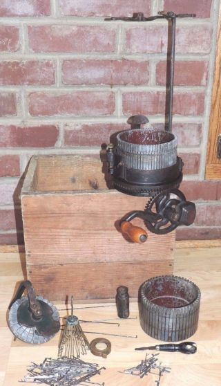 Antique 1908 Gearhart ' S Family Knitter Machine & Wood Box Socks Stockings photo