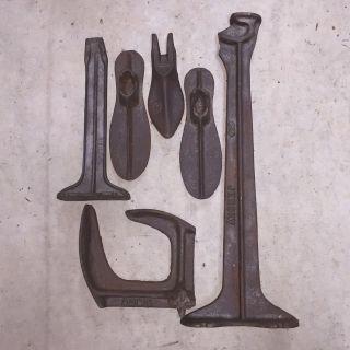 Antique Cast Iron Cobbler Anvil Shoe Repair Stand And Shoemaker Forms photo