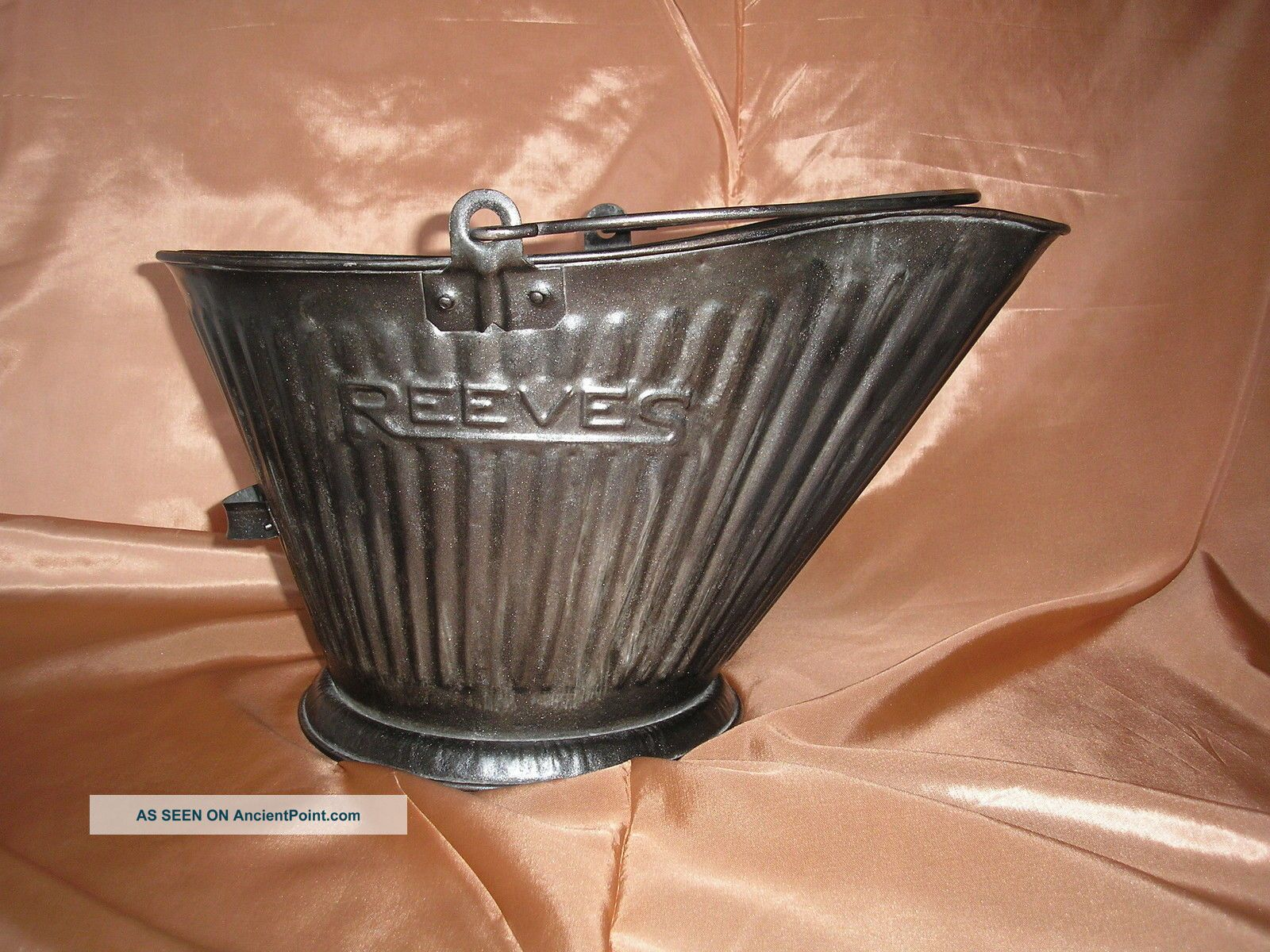 Vtg 17 Reeves Coal Pail Scuttle Hod,  Galvanized Steel?,  Bail Handle,  Primitive Hearth Ware photo